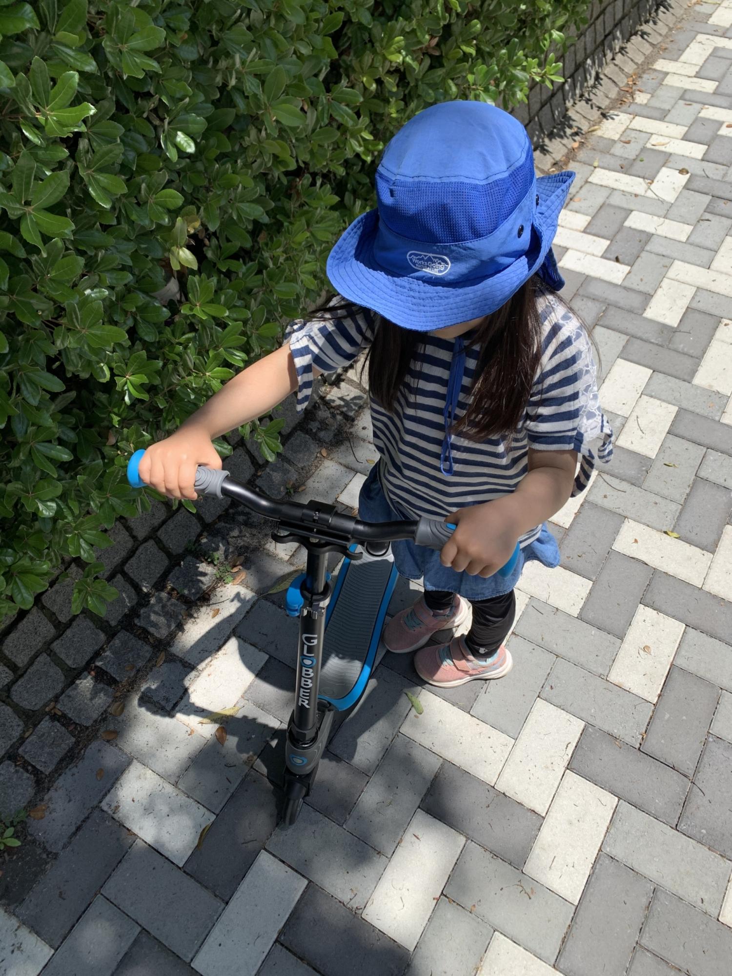6歳の娘がGLOBBERのFLOW FOLDABLEに乗ってみた